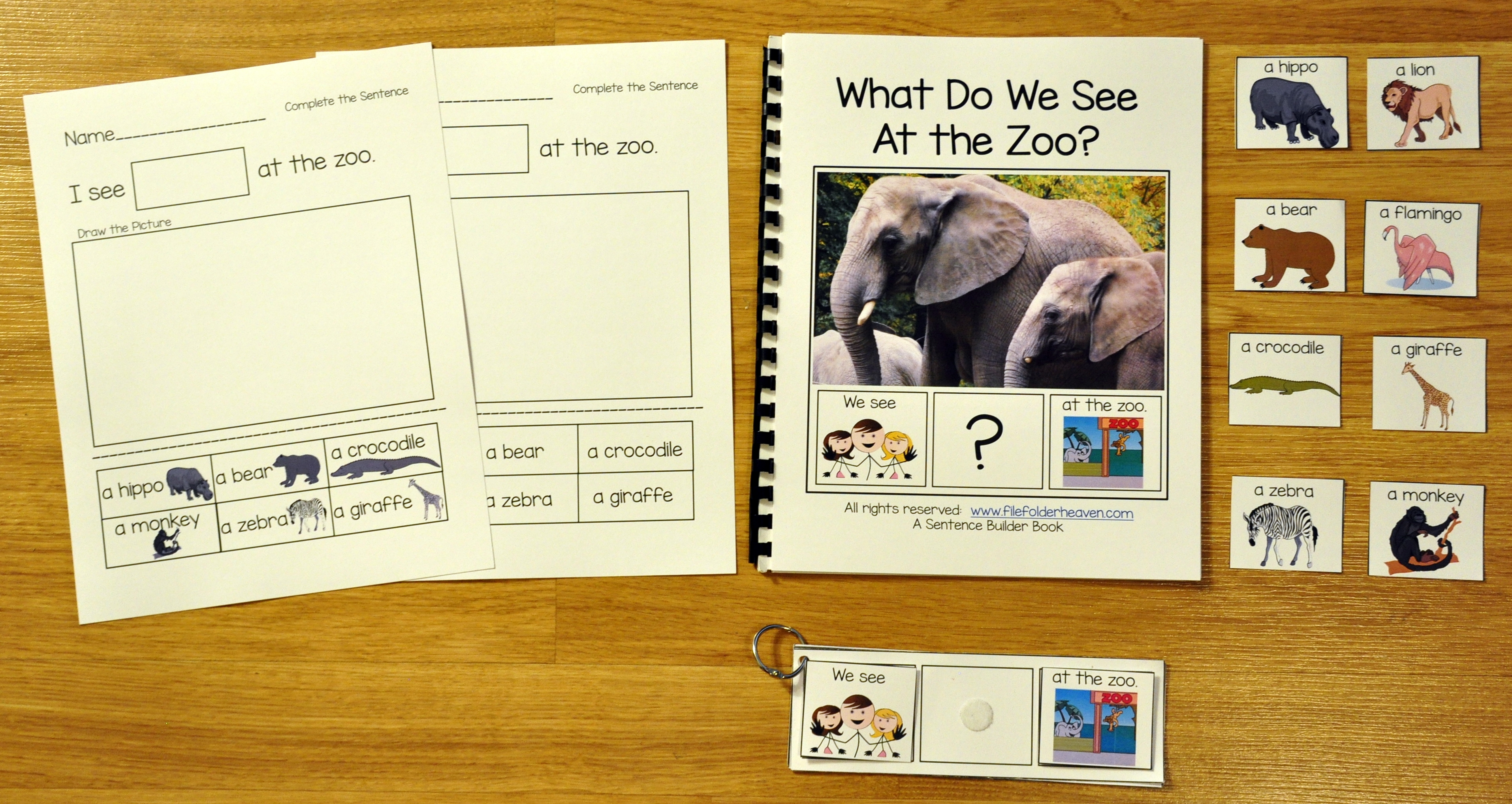 Sentence Builder Adapted Book: What Do We See At the Zoo?